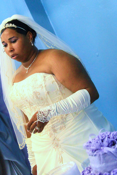 BEAUTIFUL PLUS SIZE BRIDES IN MISSISSIPPI -SHOT BY PHOTOGRAPHER - RUBY RUDI OF JACKSON, MISSISSIPPI. 601-680-3355